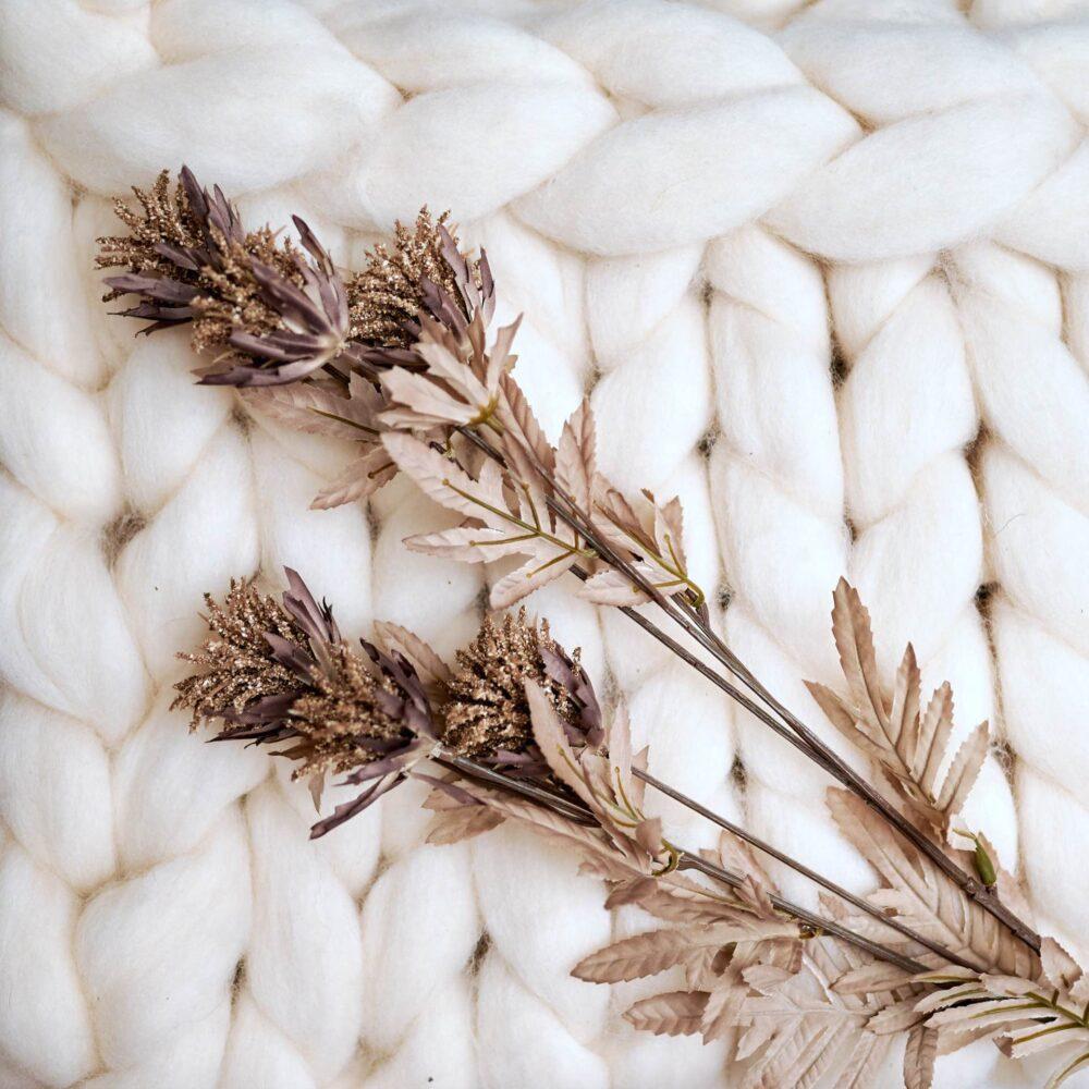 Heboučká vlnená deka biela